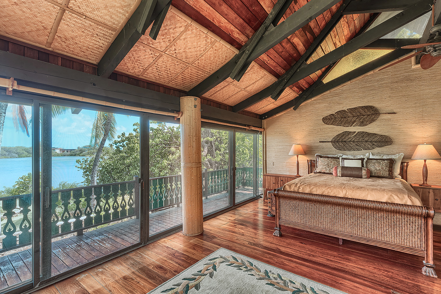 Luxury Oahu Real Estate Photography by PanaViz
