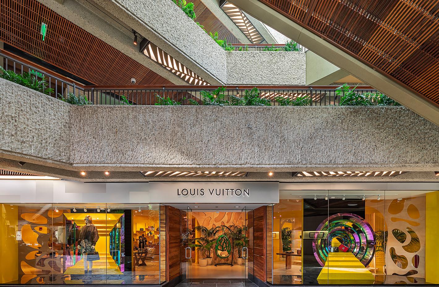 Louis-Vuitton-2019-01-15